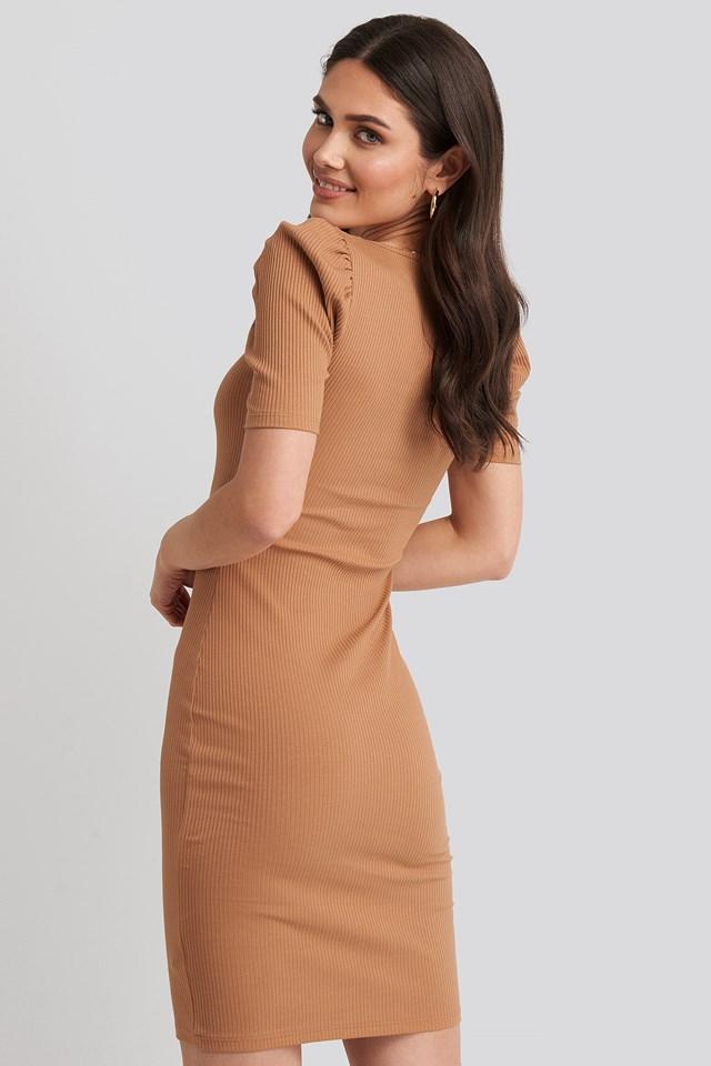 Ribbed Puff Sleeve Dress Tan