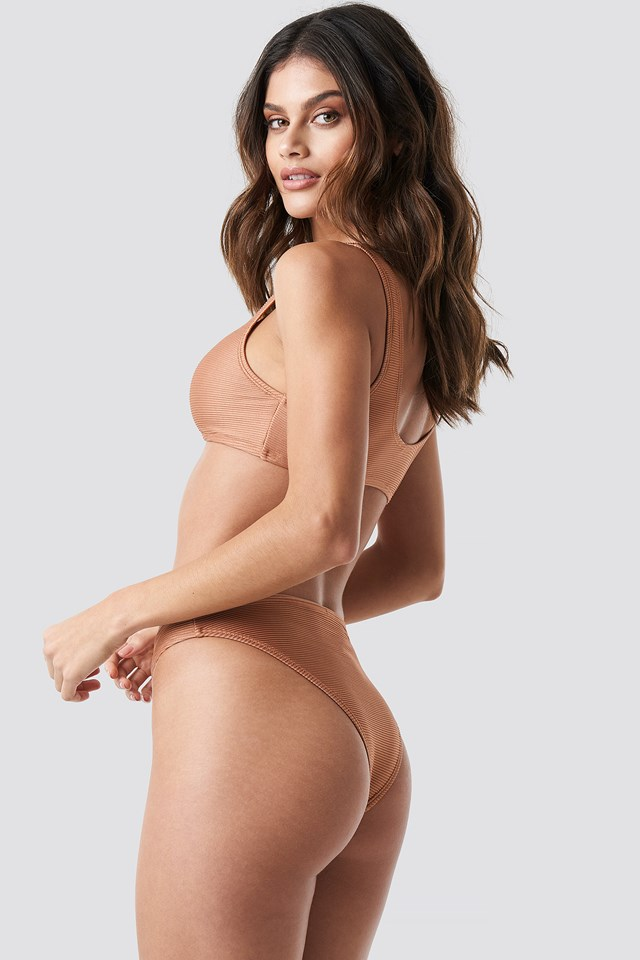 Ribbed Sporty Bikini Top Mocha