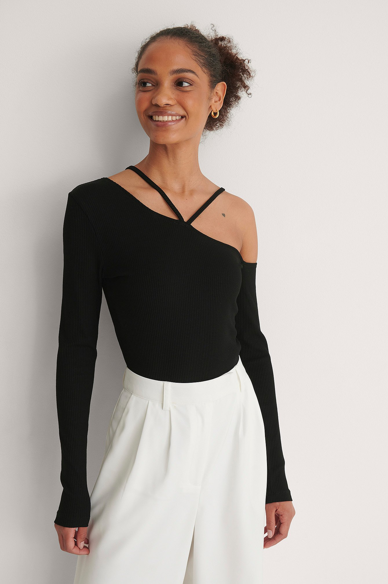 Black Ribbed Strap Detail Top