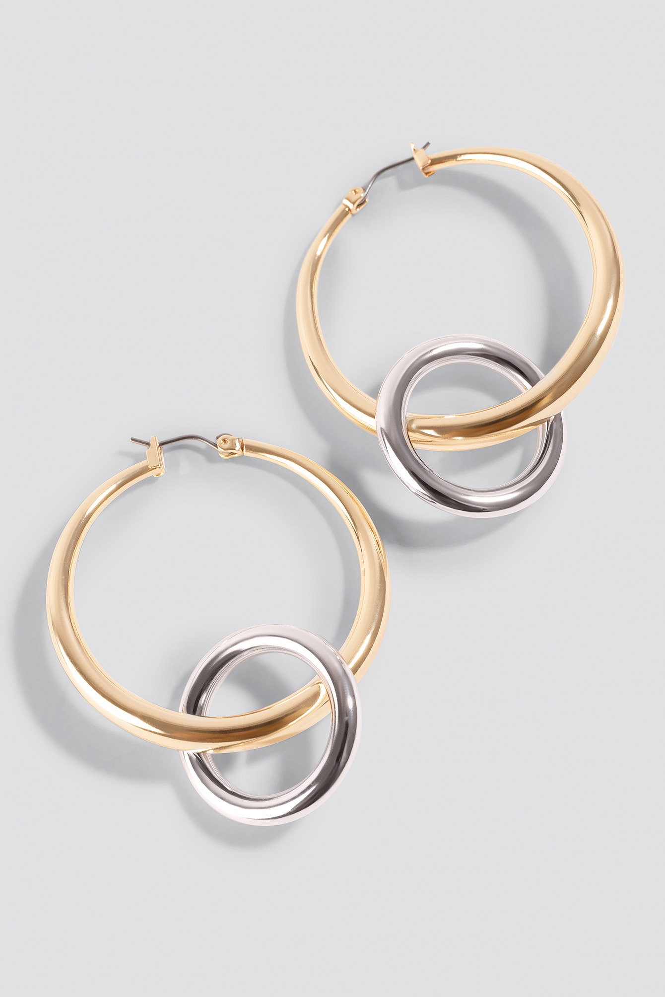 Ring In Hoop Earrings NA-KD.COM