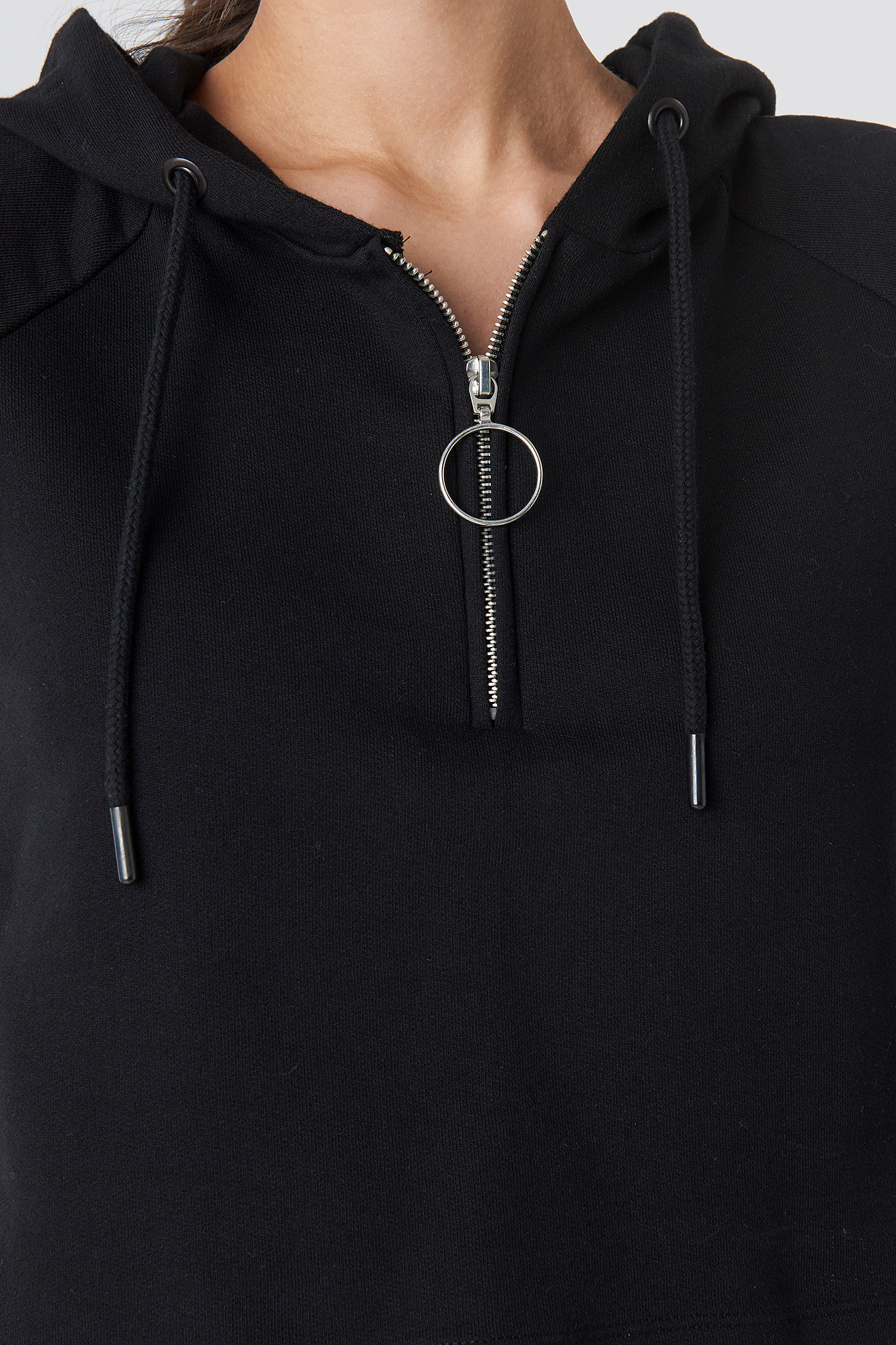 Ring Pull Tape Cropped Hoodie NA-KD.COM