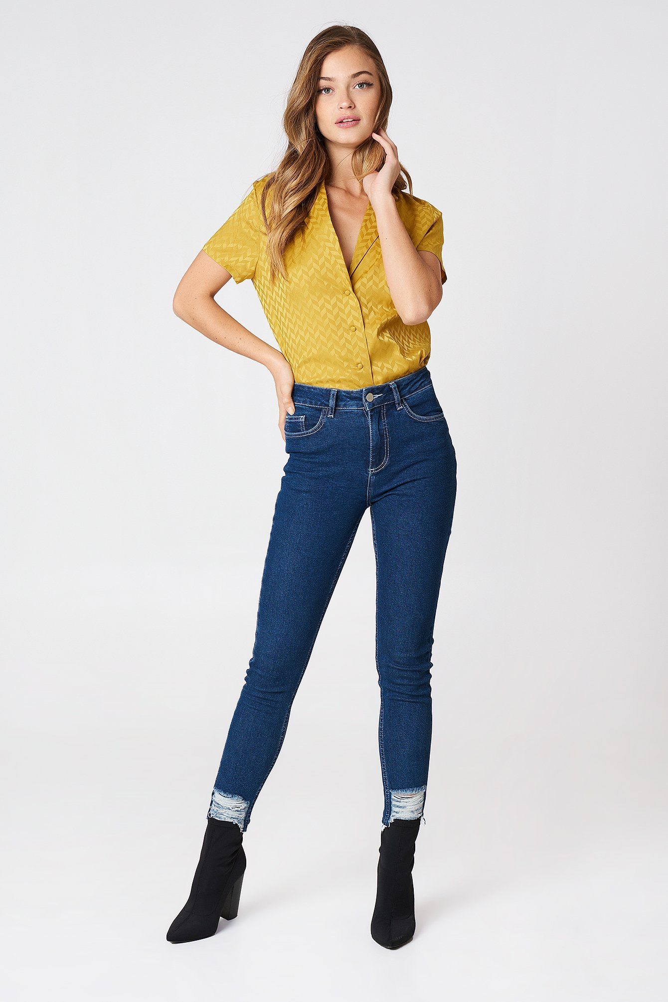 Ripped Bottom Highwaist Jeans NA-KD.COM