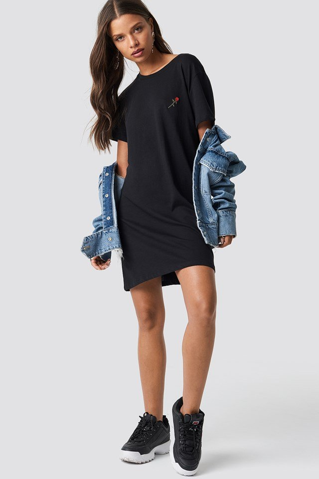Rose Embroidery T-shirt Dress Black