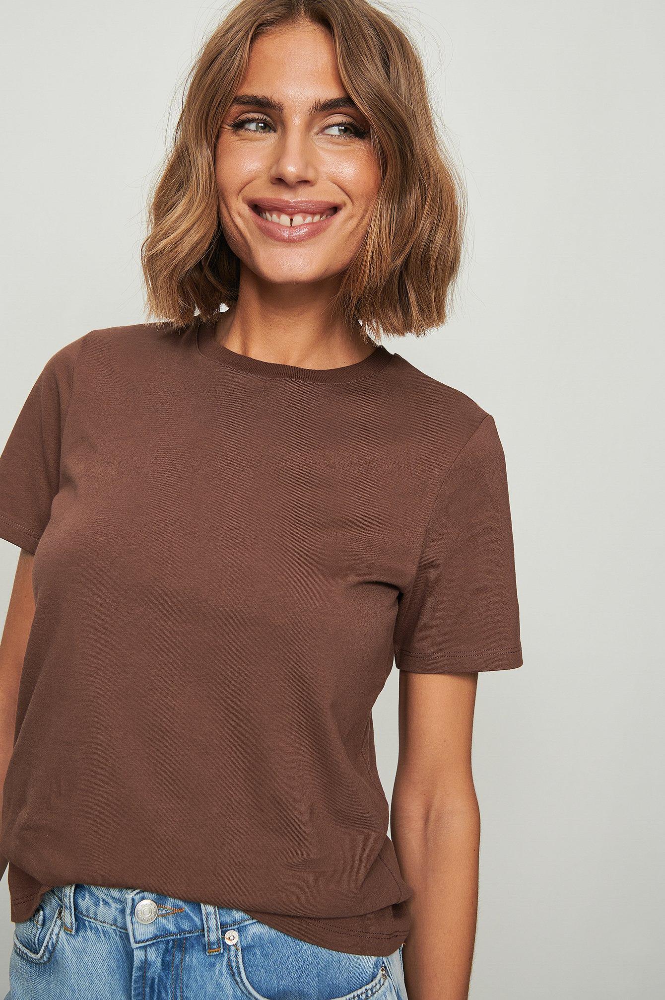 NA-KD Basic T-Shirt I Økologisk Bomuld Med Rund Hals - Brown