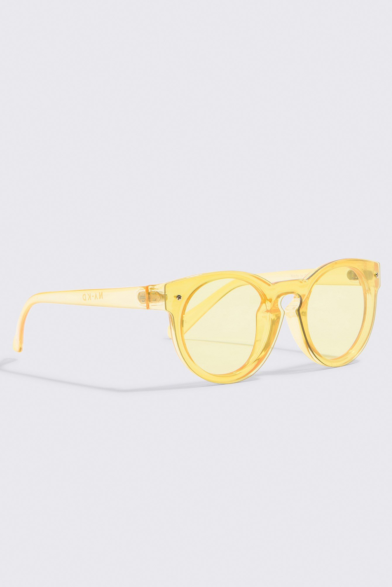 Round Colored Lens Sunglasses NA-KD.COM