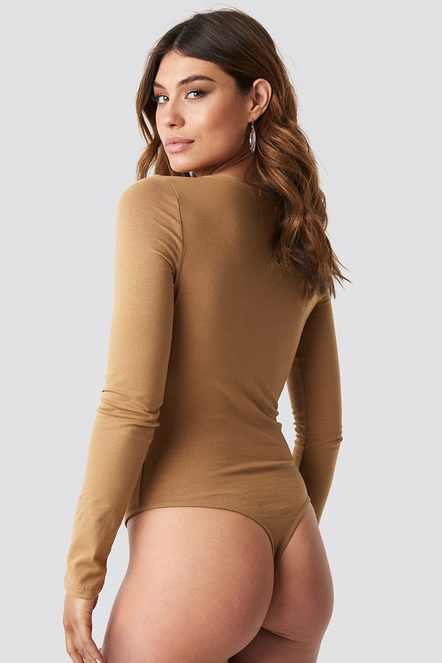 Round Neck Body Tan