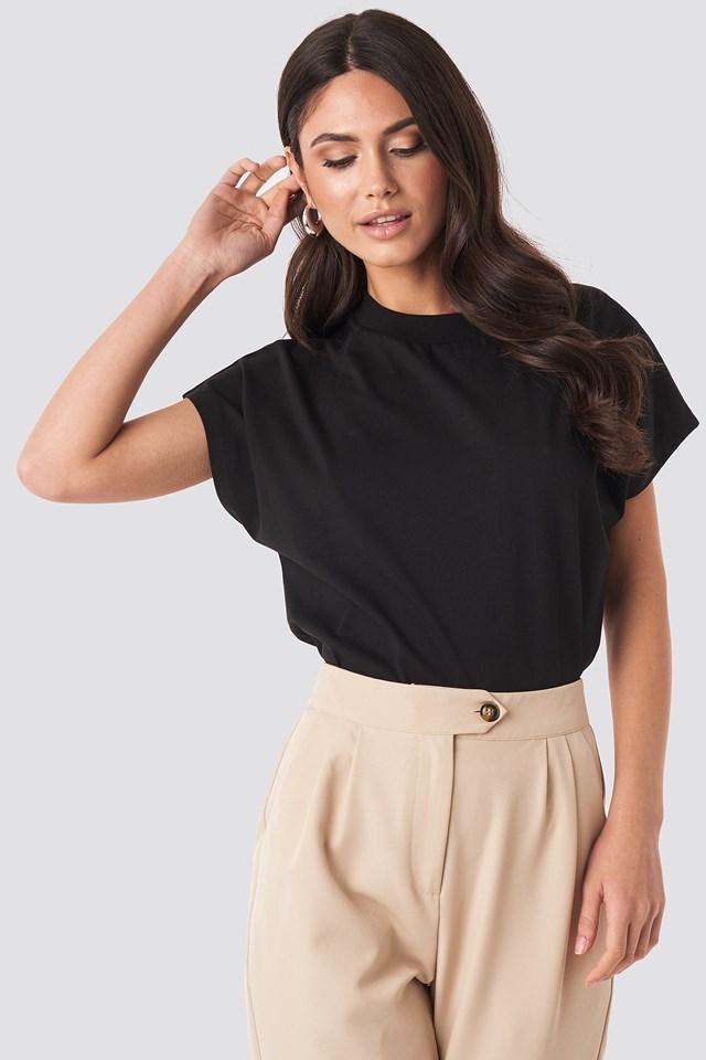 Round Neck Cap Sleeve T-Shirt Black