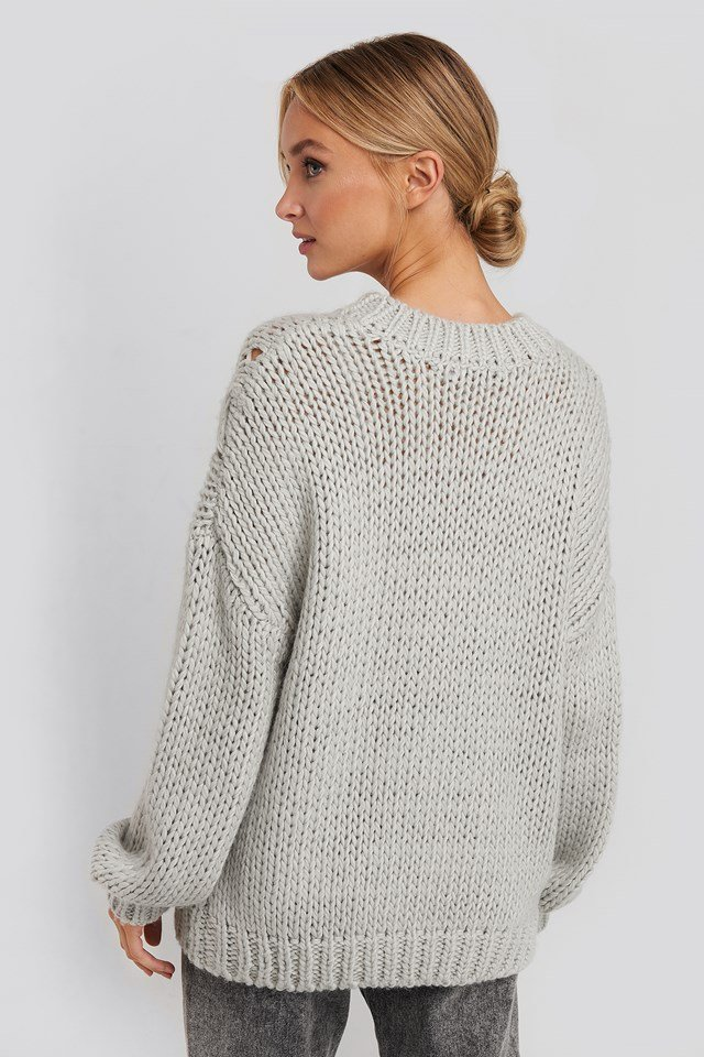 Wool Blend Round Neck Heavy Knitted Cable Sweater Grey