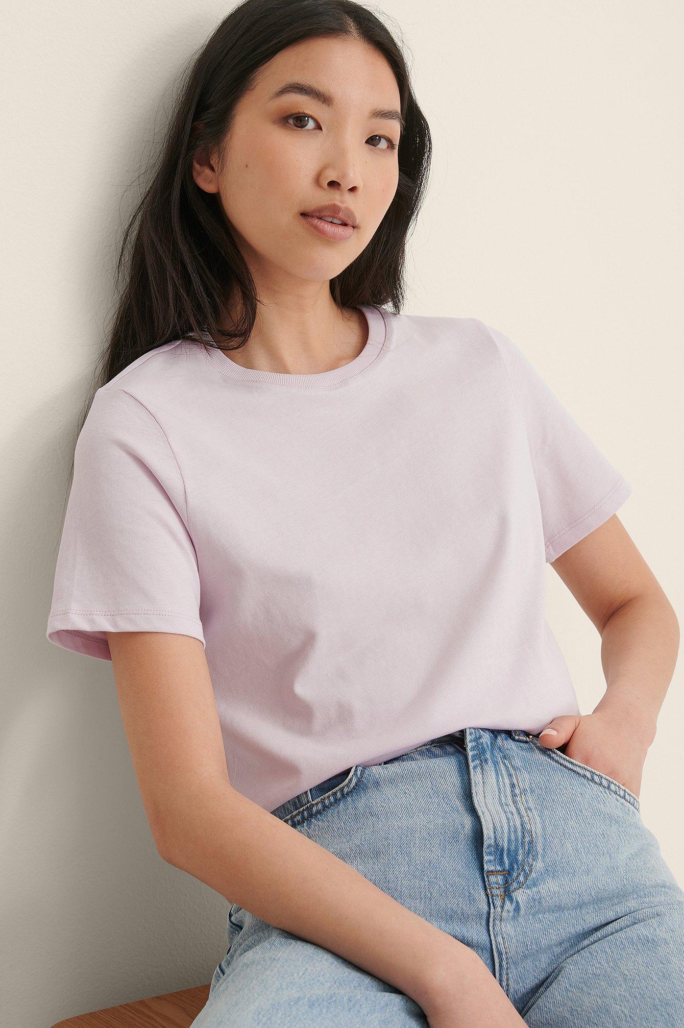na-kd basic -  T-Shirt Mit Rundem Ausschnitt Aus Bio-Baumwolle - Purple