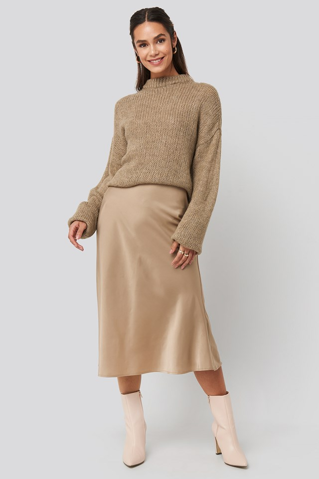 Round Neck Oversized Knitted Sweater Beige