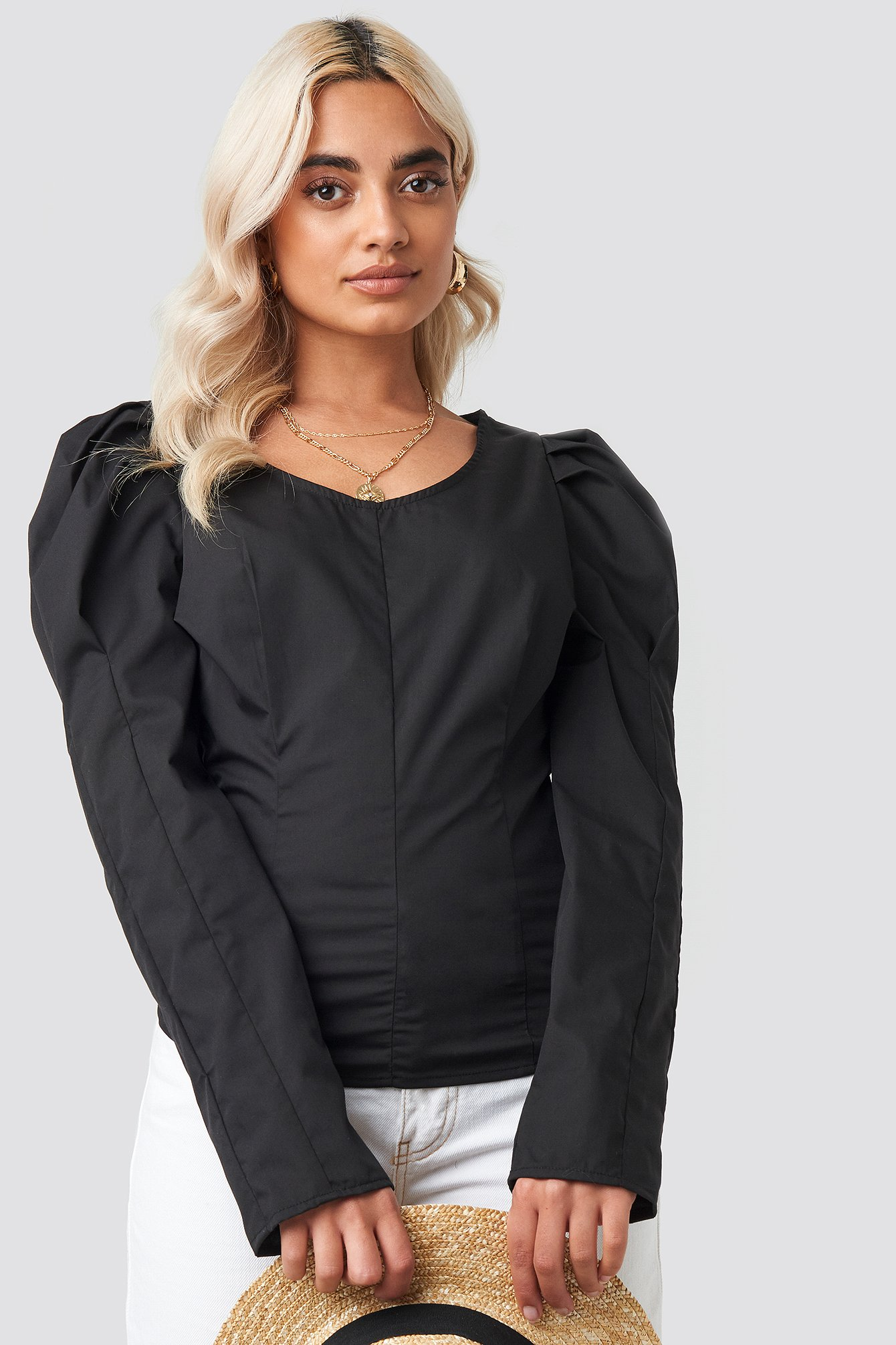 Black Round Neck Puff Sleeve Blouse