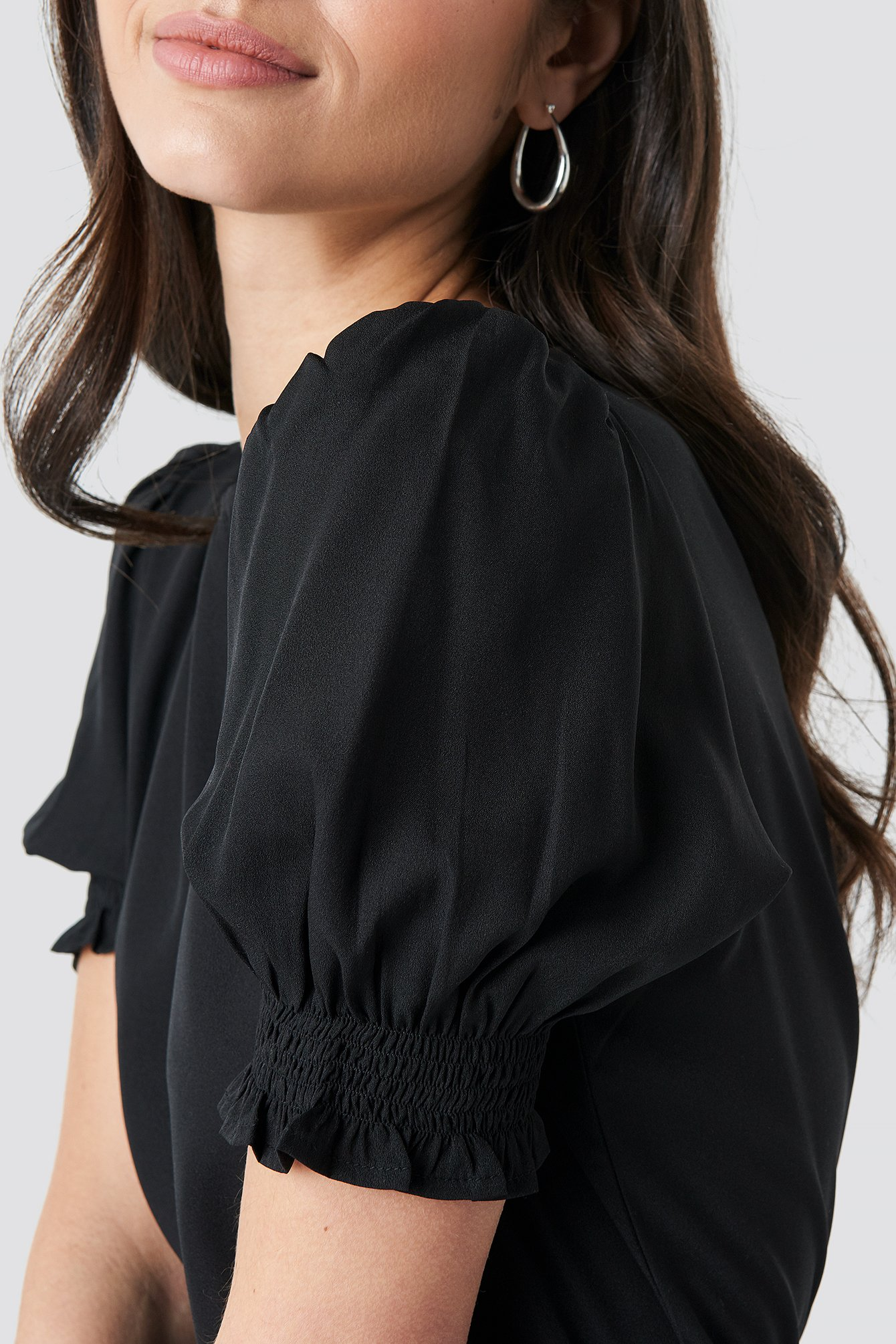 Round Neck Shirred Sleeve Top NA-KD.COM