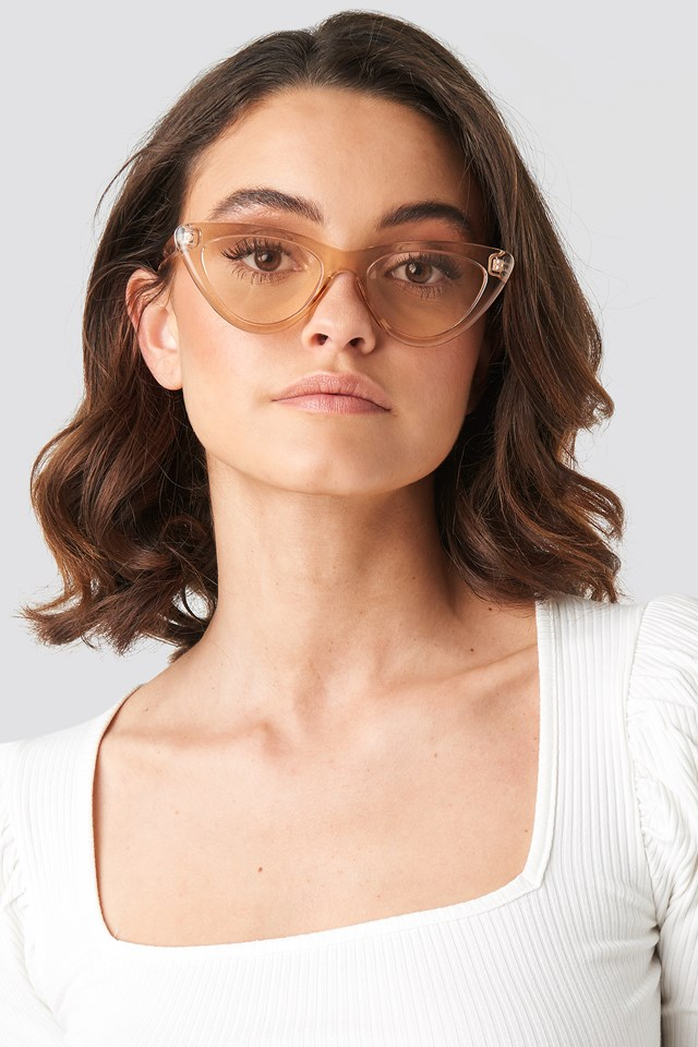Rounded Cat Eye Sunglasses Light Brown