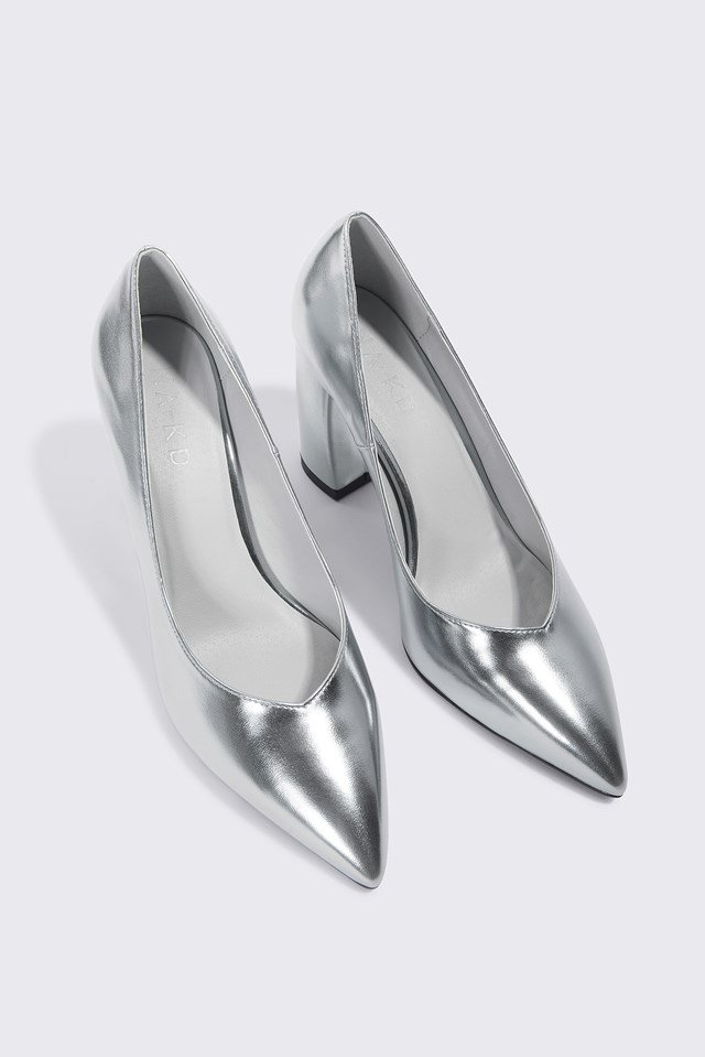 Rounded Heel Pumps Silver