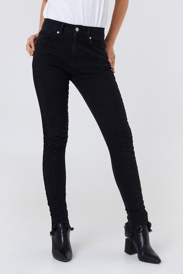 Rounded Hem Panel Jeans Black