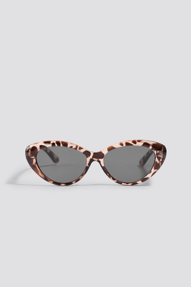 Rounded Cateye Sunglasses Giraffe