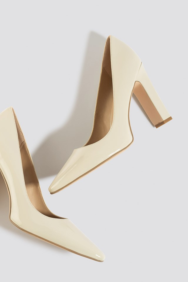 Rounded Toe Pumps Nude