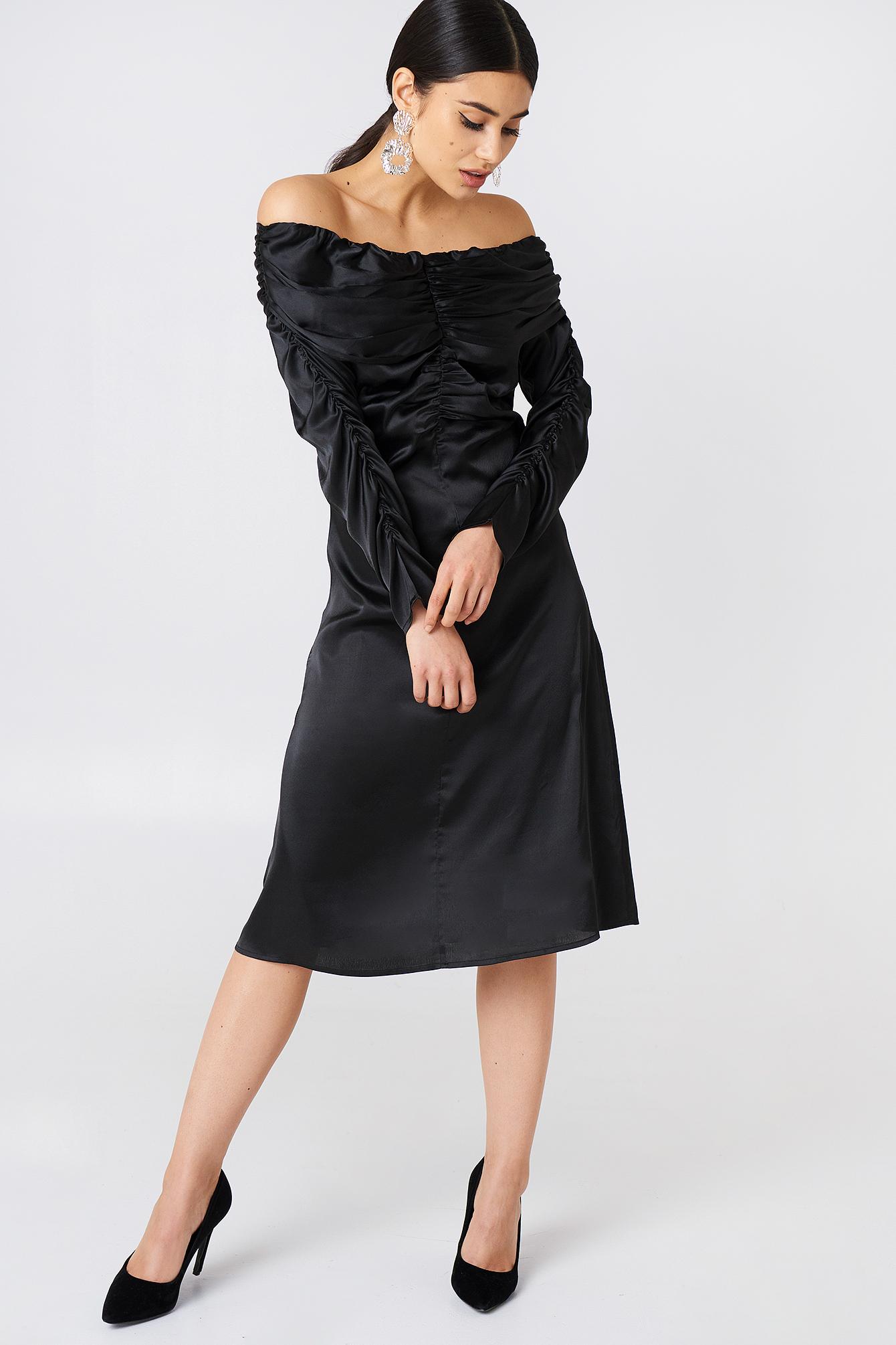 Ruched Detail Off Shoulder Dress NA-KD.COM