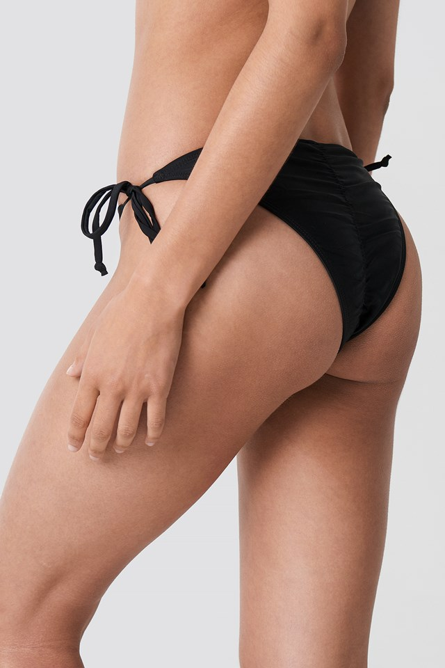 Ruched Back Triangle Panty Black