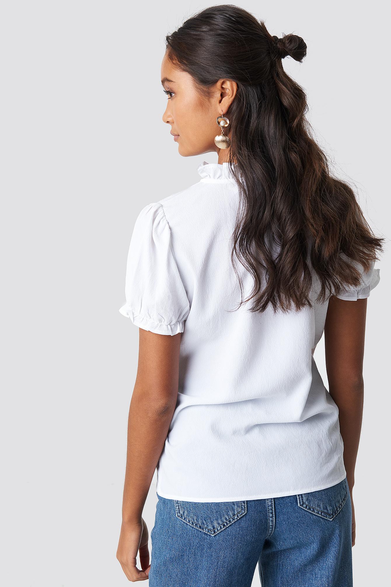 Bluzka z falbankami i guzikami NA-KD.COM