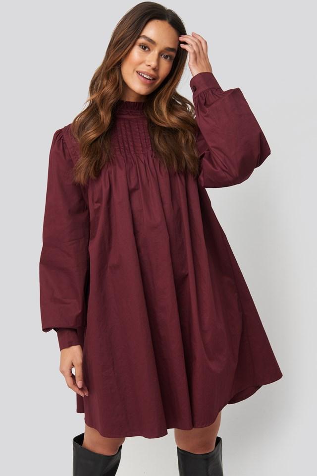 Ruffle Detail Short Dress Burgundy