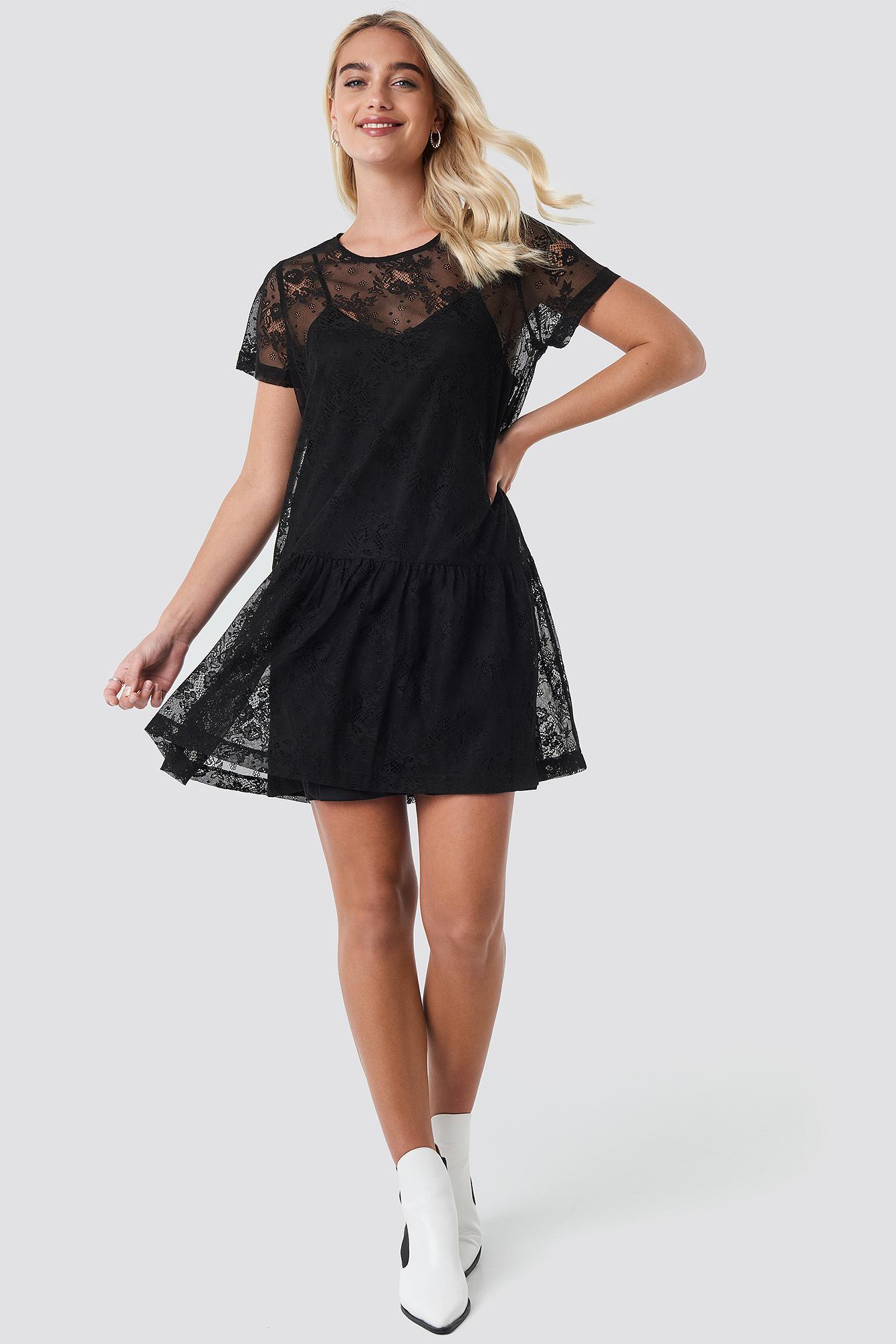 Ruffle Hem Lace Mini Dress NA-KD.COM