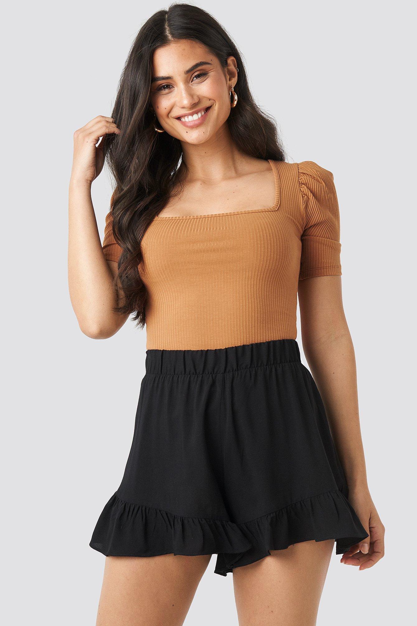 NA-KD Ruffle Shorts - Black