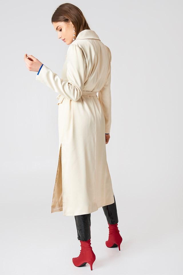 Satin Coat Offwhite