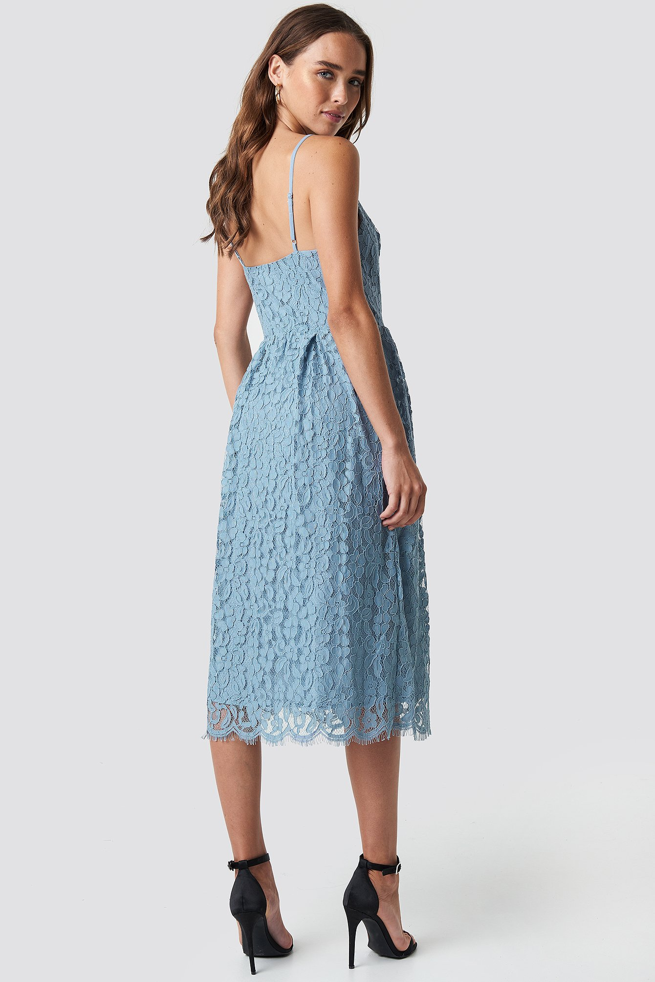 Scalloped Edge Lace Dress NA-KD.COM