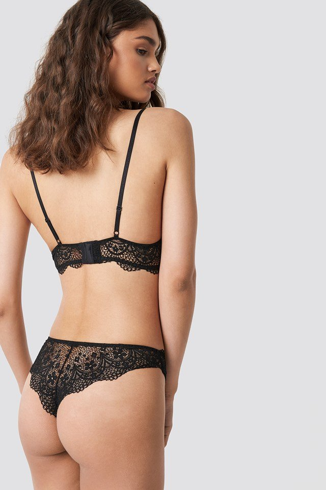 Scalloped Floral Lace Bra Black