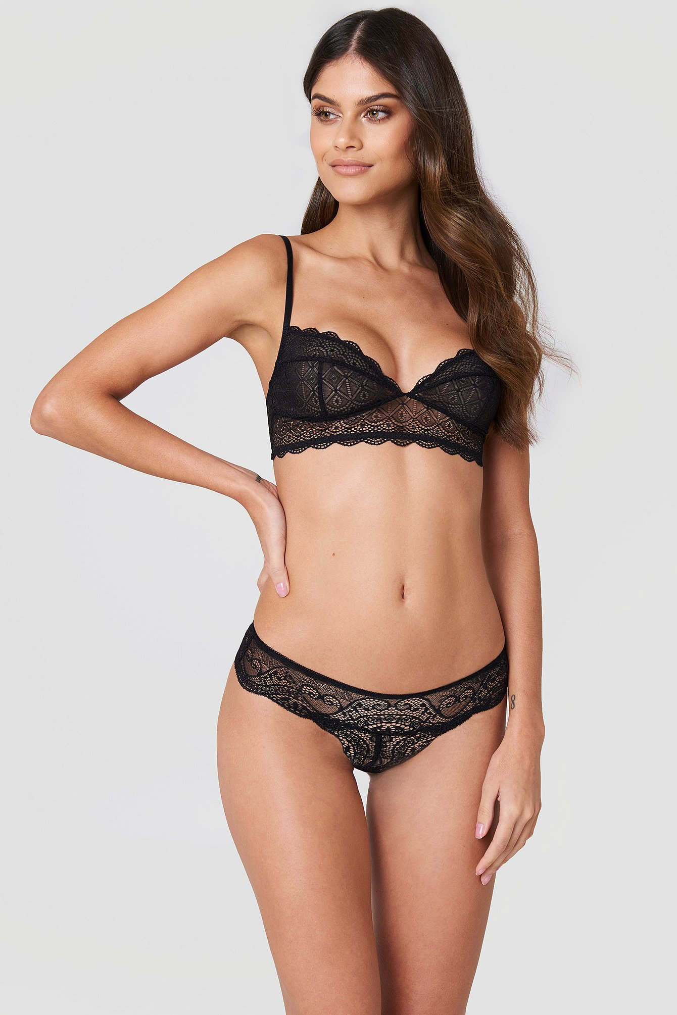 Scalloped Lace Pantie NA-KD.COM