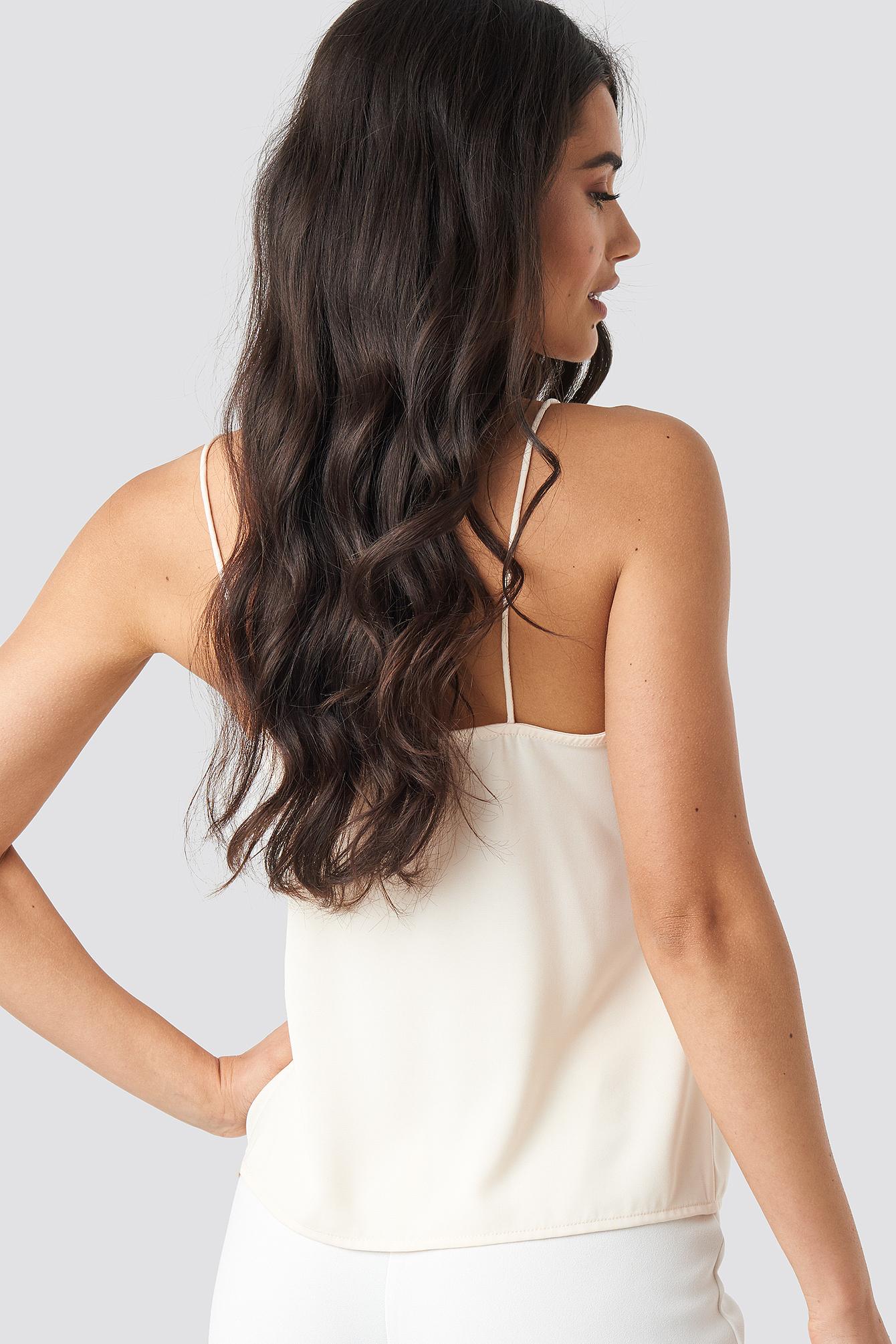 Scalloped Lace V-Neck Singlet NA-KD.COM