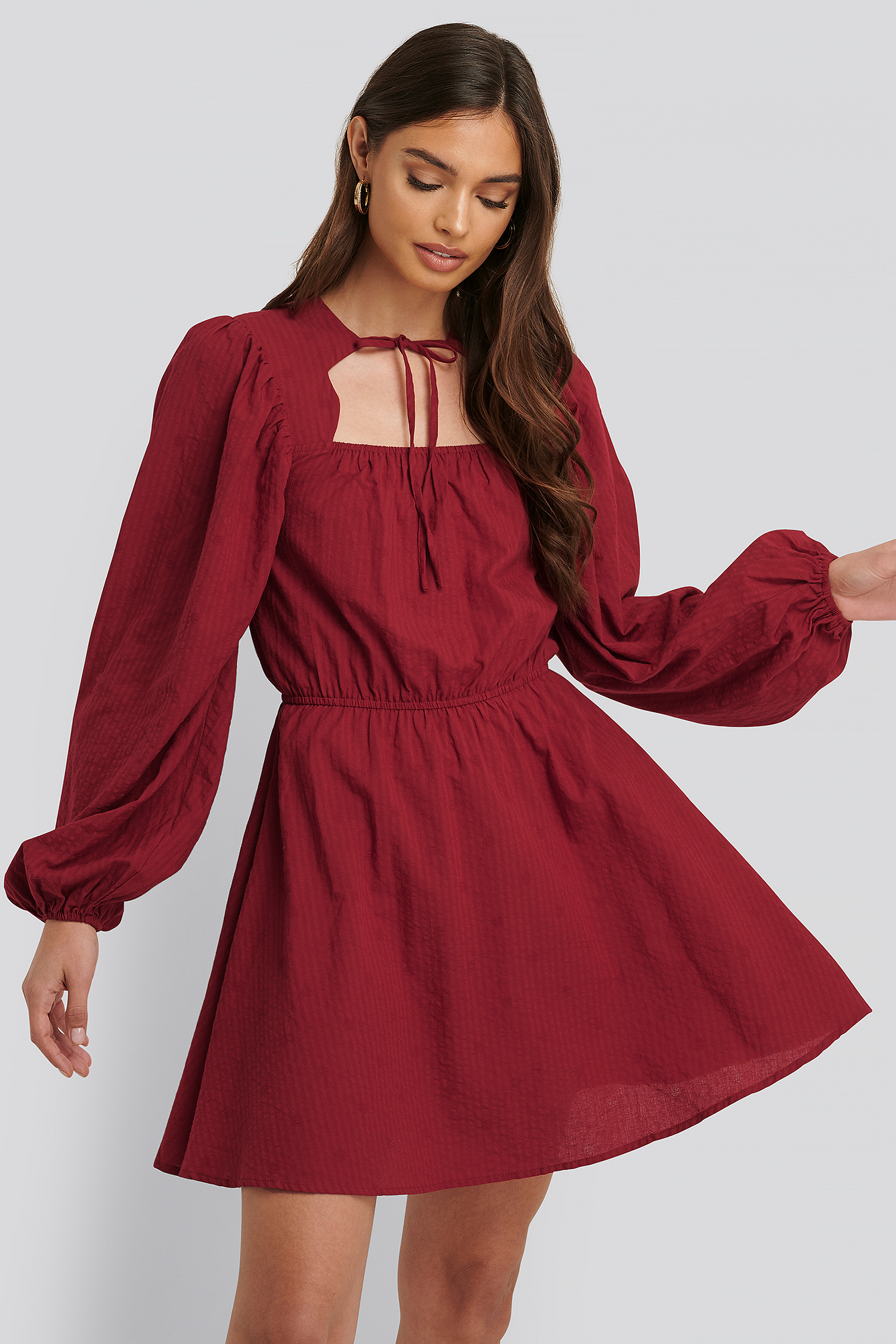 na-kd boho -  Scalloped Neckline Mini Dress - Red