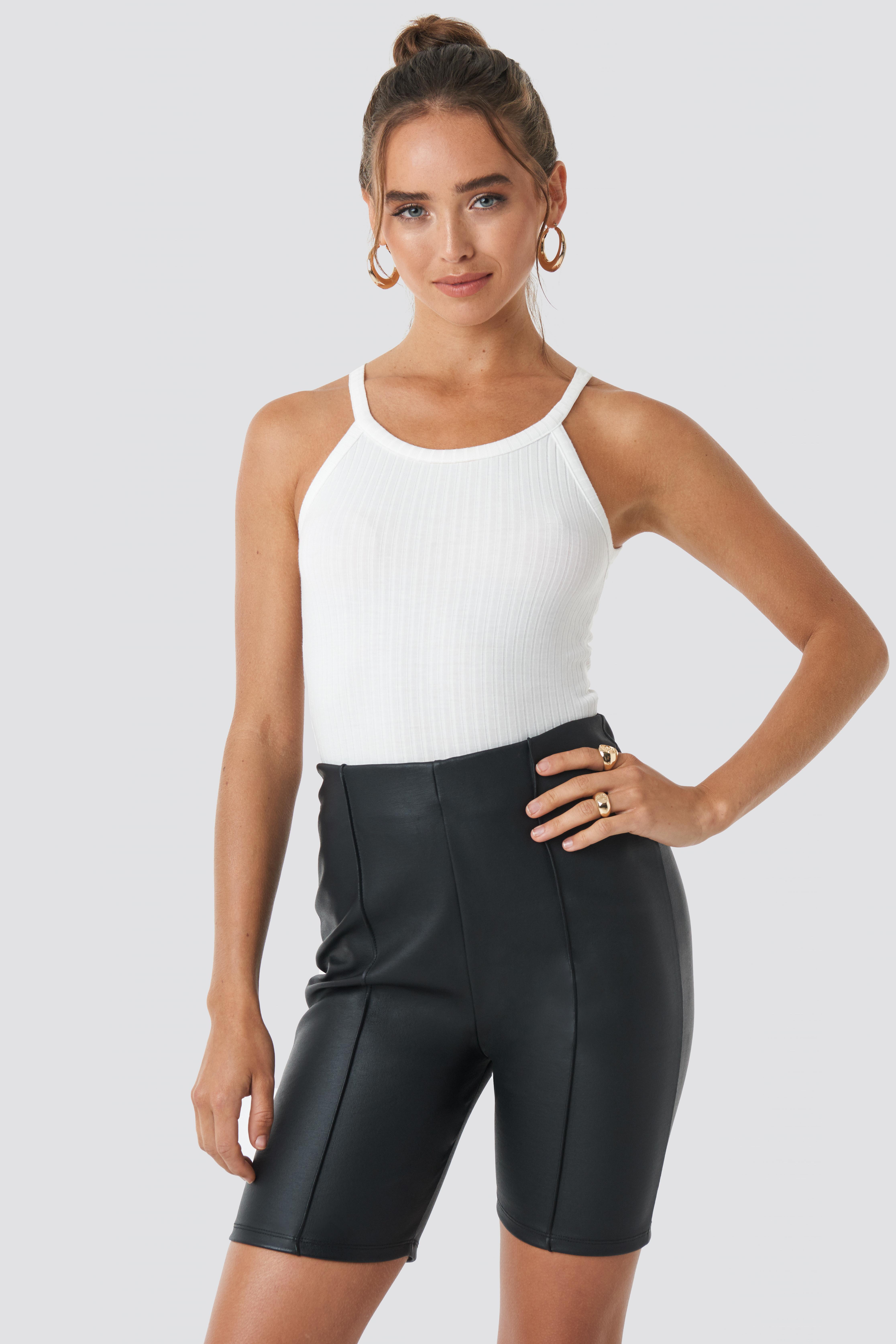 Front Seam Coated Shorts NA-KD.COM