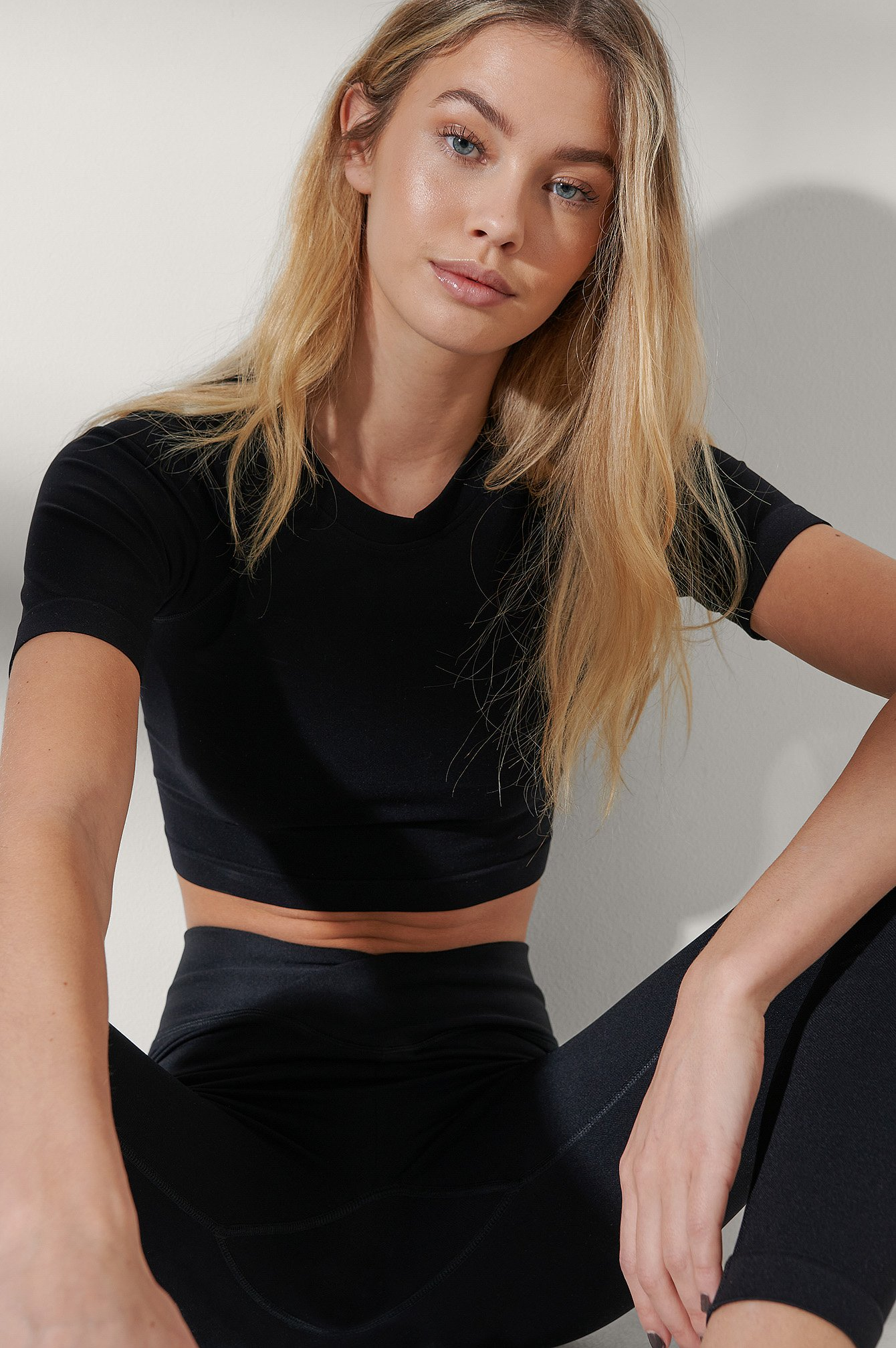 Black Seamless Scooped Neck Top