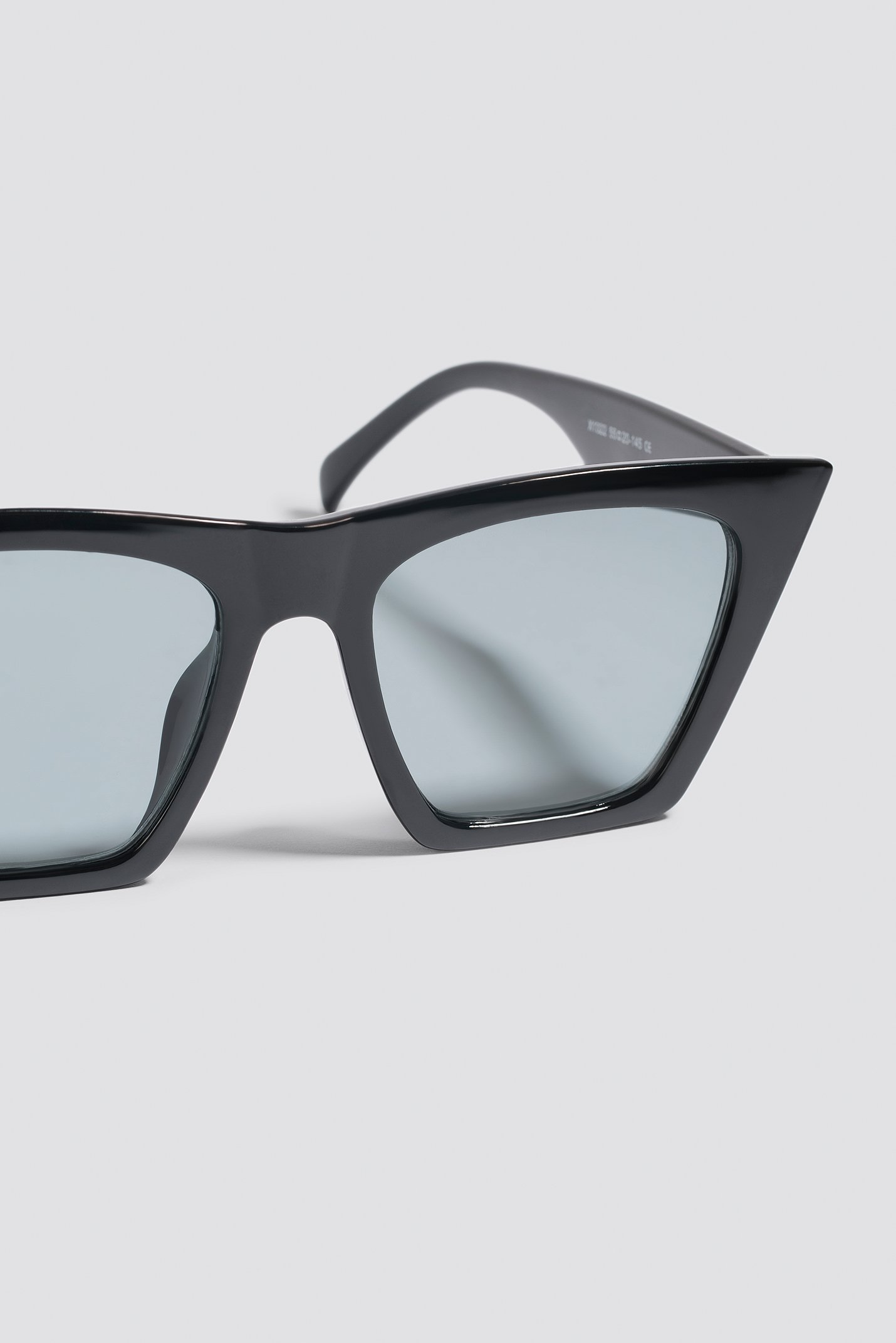 Sharp Cat Eye Sunglasses NA-KD.COM