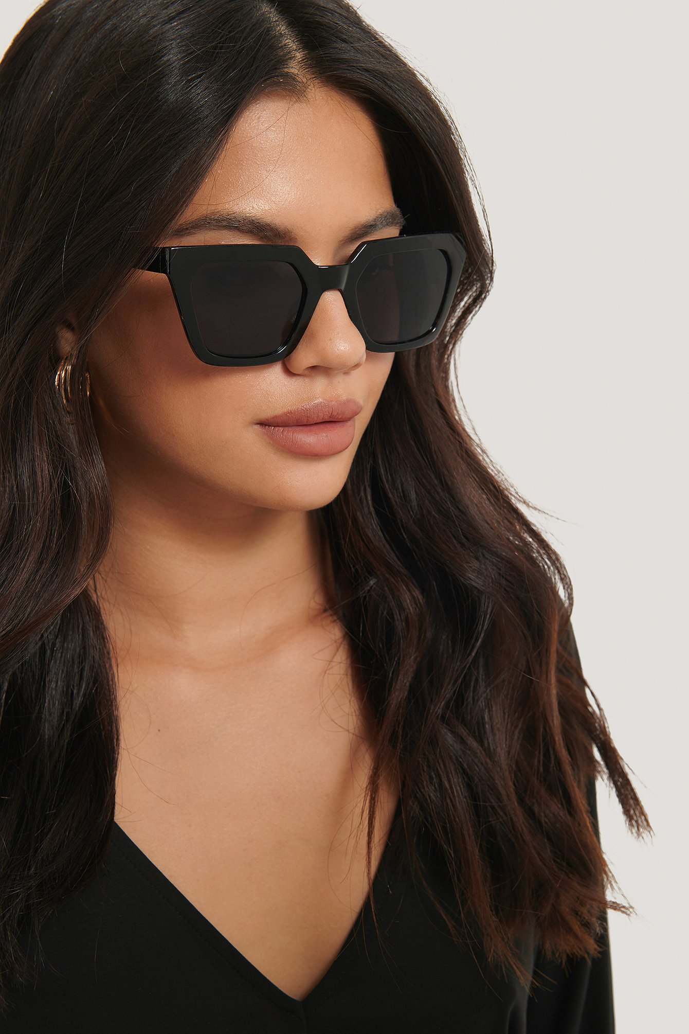 Black Sharp Edge Square Sunglasses