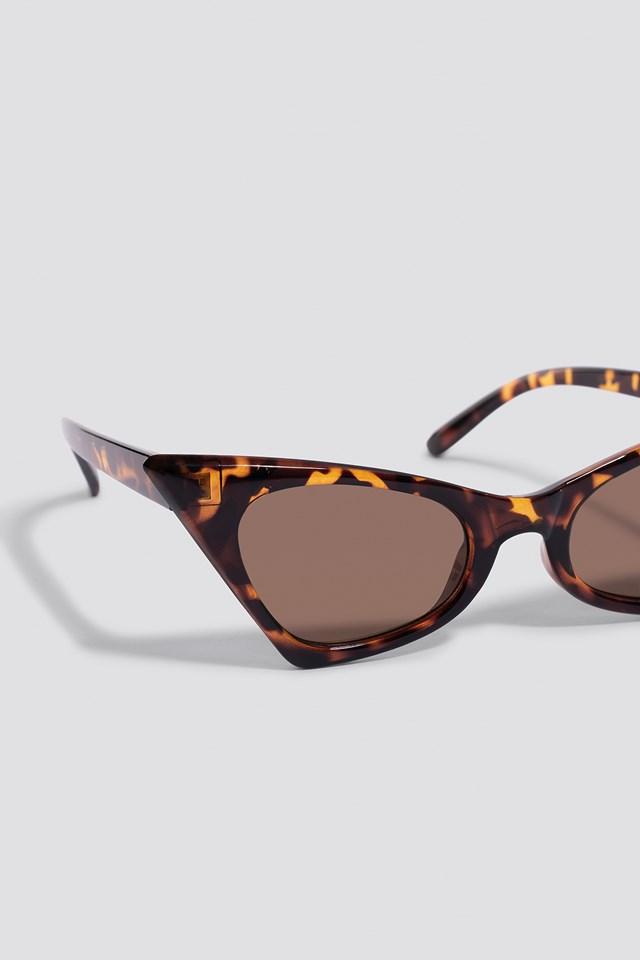 Sharp Top Cat Eye Sunglasses Tortoise