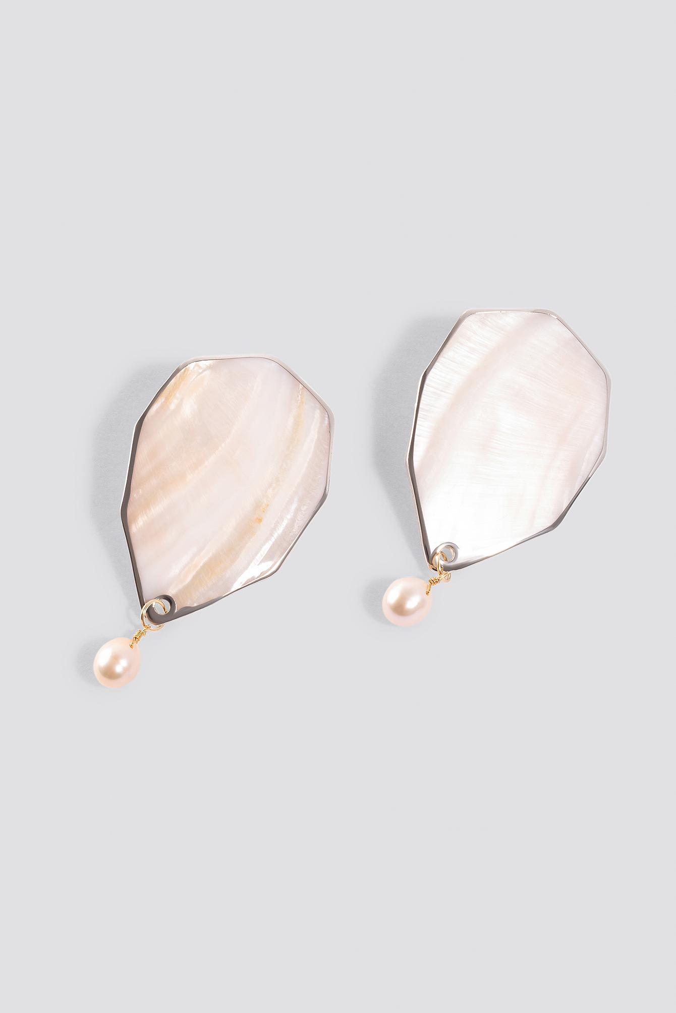 Shell Pearl Earrings NA-KD.COM