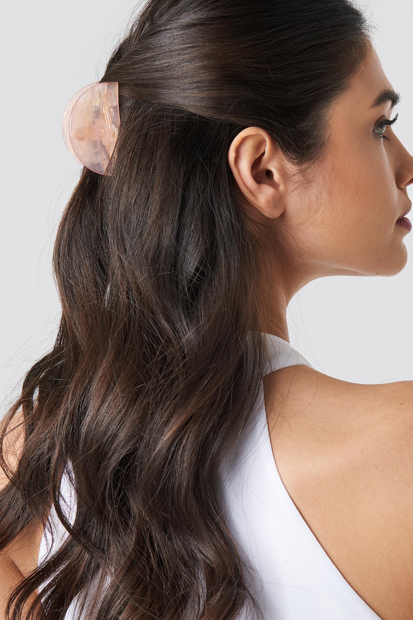 Shimmering Halfmoon Hair Clip NA-KD.COM