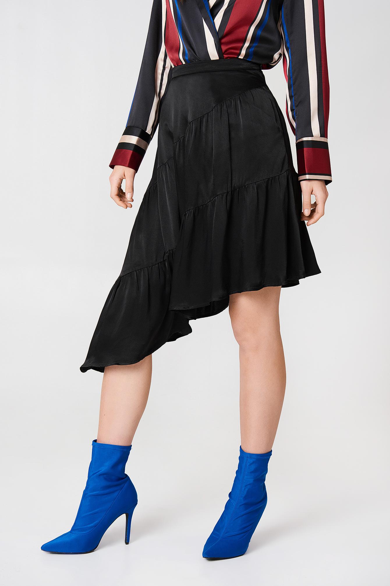 Shiny Asymmetric Skirt NA-KD.COM