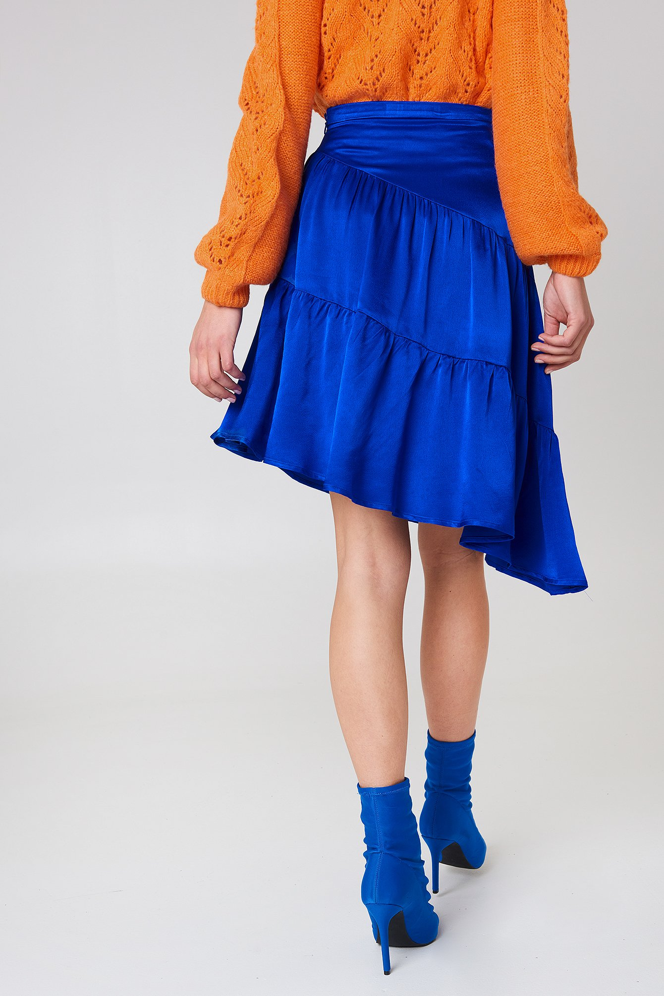 Shiny Asymmetric Skirt NA-KD.COM