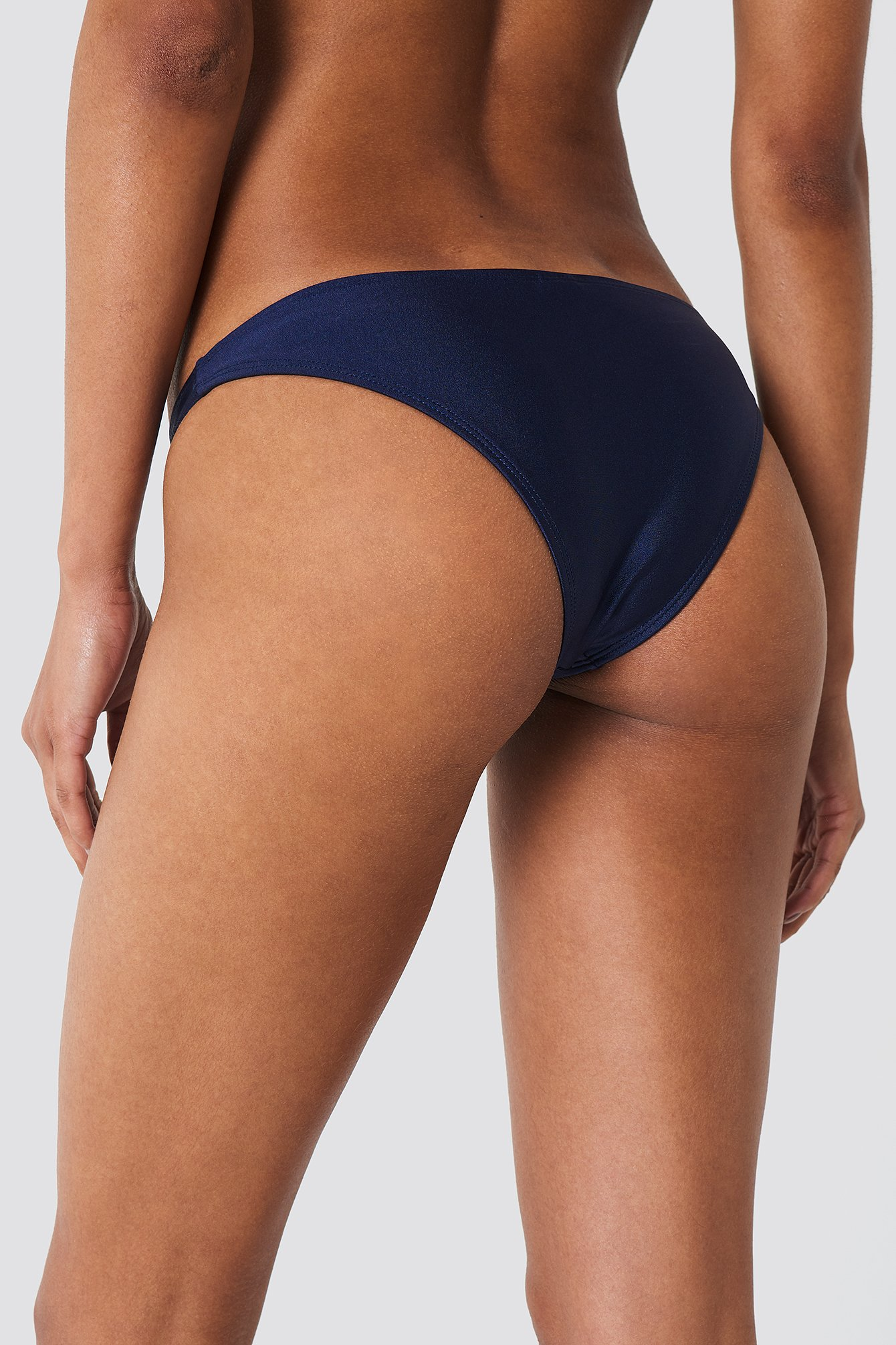 Shiny Low Waist Bikini Panty NA-KD.COM