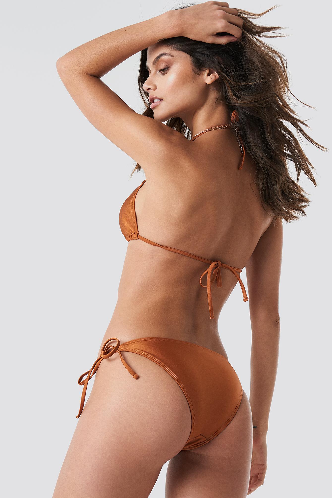 Dół bikini Shiny Triangle NA-KD.COM