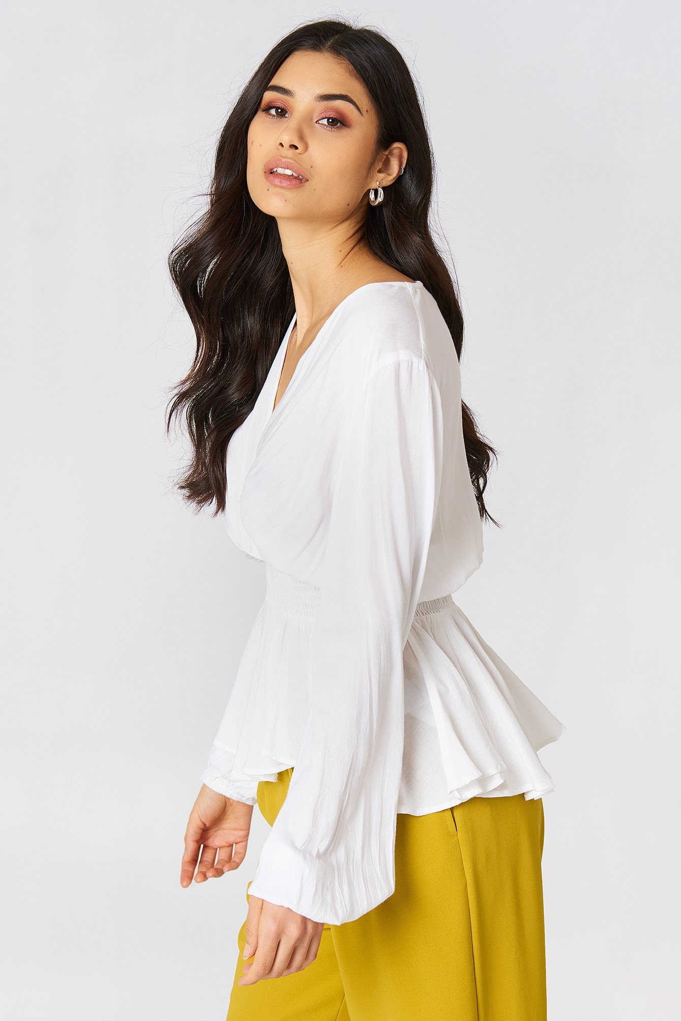 Shirred Waist Balloon Sleeve Blouse NA-KD.COM