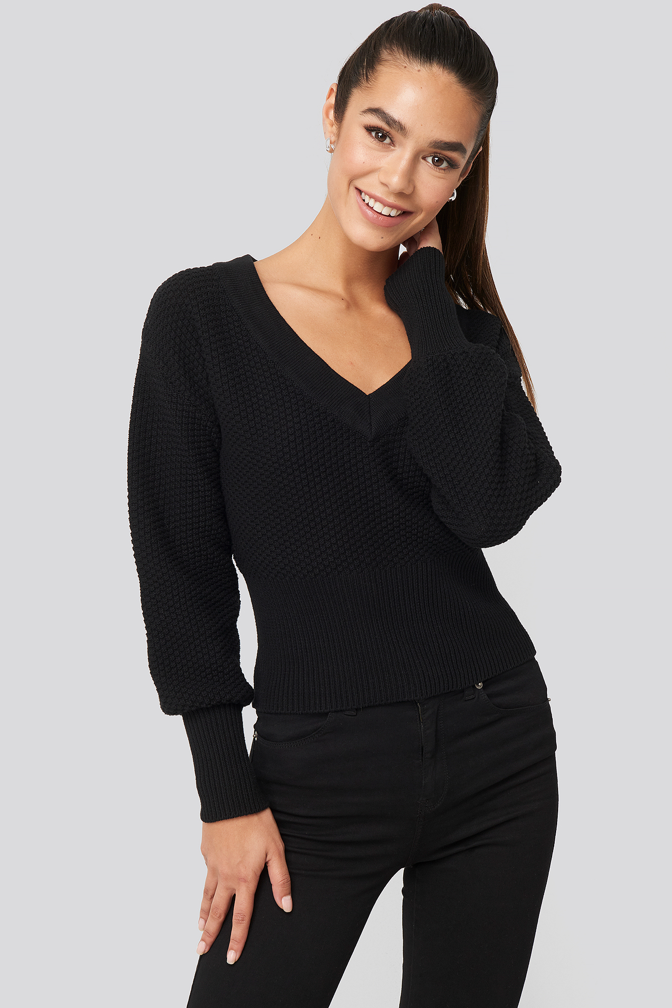 Short Knitted Wide Rib Sweater Noir by Na Kd