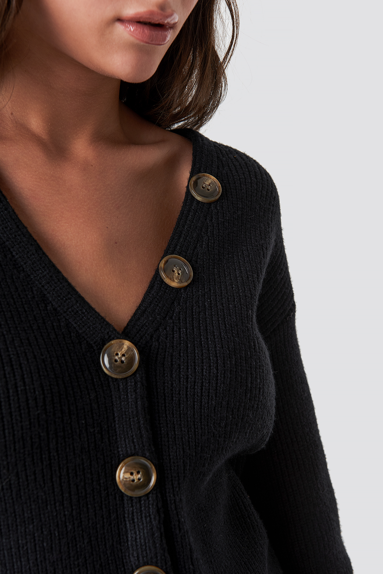Short Buttoned Knitted Sweater NA-KD.COM