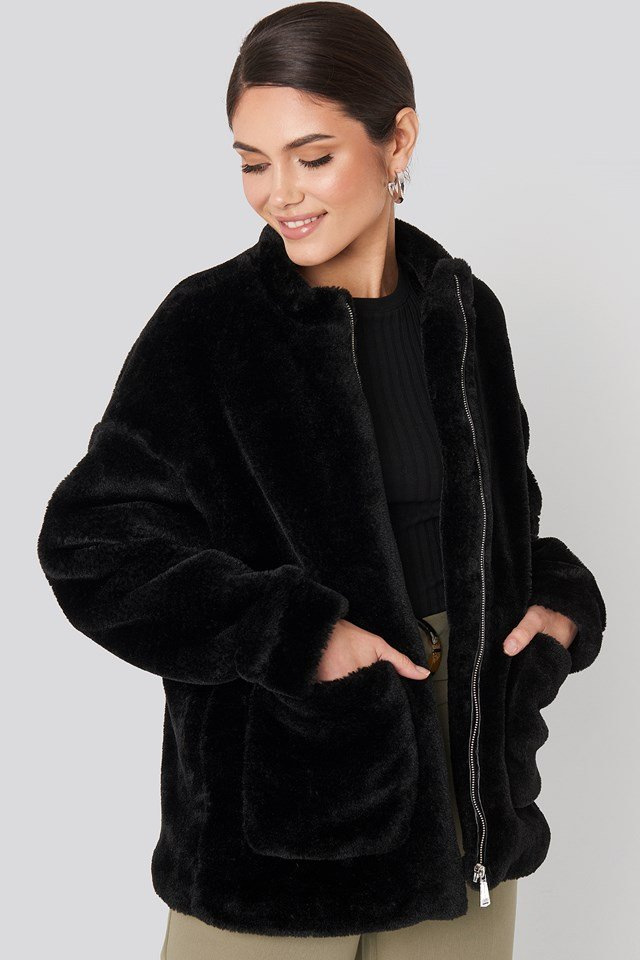 Short Front Pocket Faux Fur Jacket Black