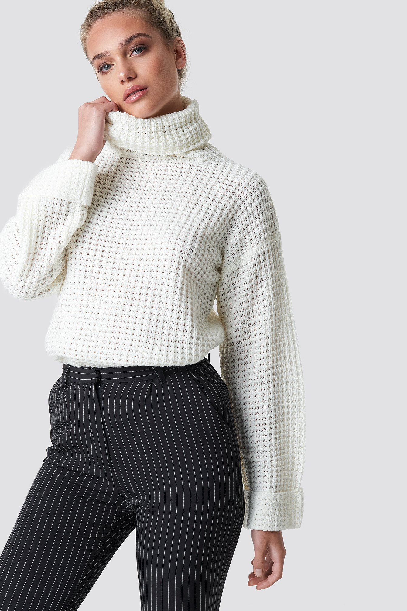 na-kd -  Short Pineapple Knitted Sweater - White