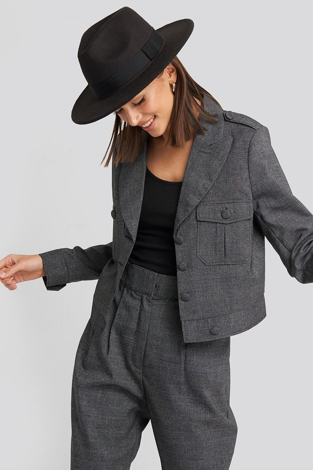 Short Plaid Buttoned Jacket NA-KD Classic